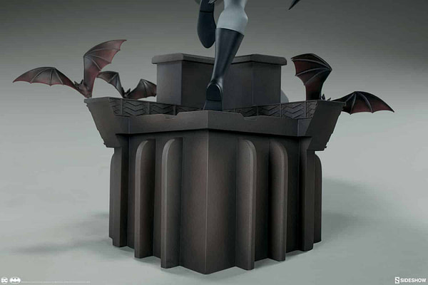Sideshow Collectibles Batman The Animated Series Batman Statue 9
