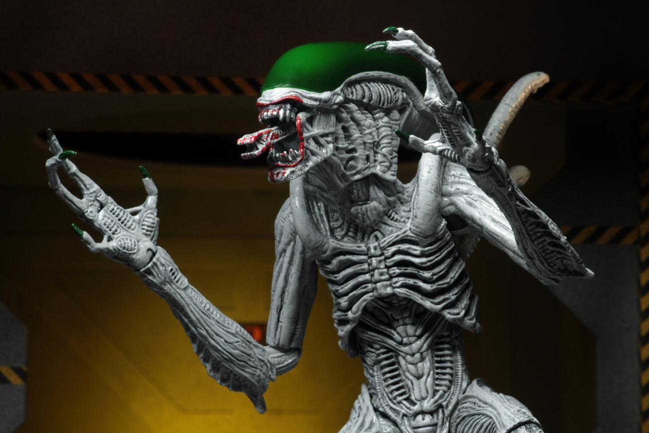 NECA Reveals NYCC Pre-Sale Details for Joker/ Predator Two-Packs