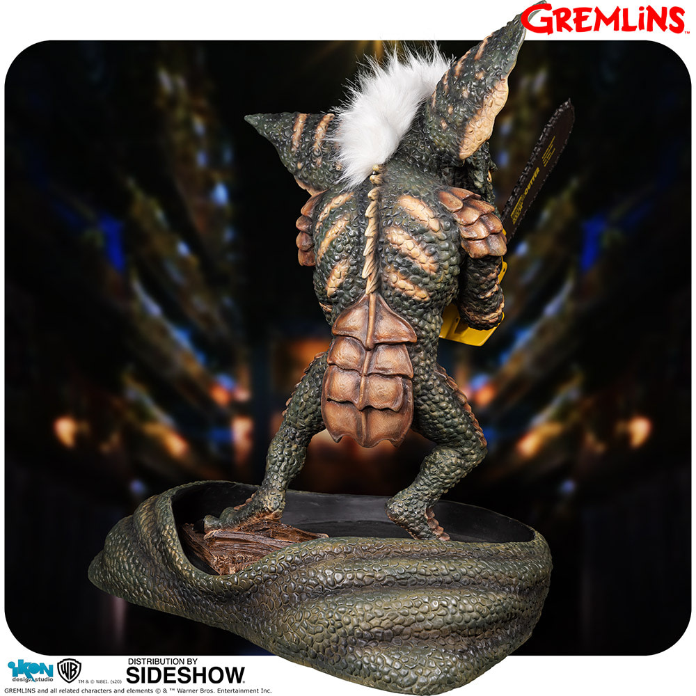 """""""Gremlins"""" Stripe Arrives with New Statue from Ikon Collectibles"""