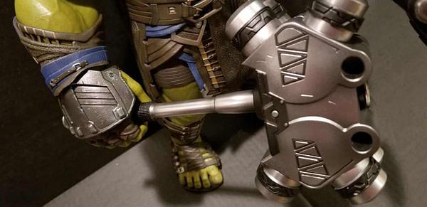Hot Toys Thor Ragnarok Gladiator Hulk 10