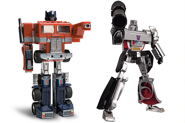 Toys That Made Us Transformers Episode Figures