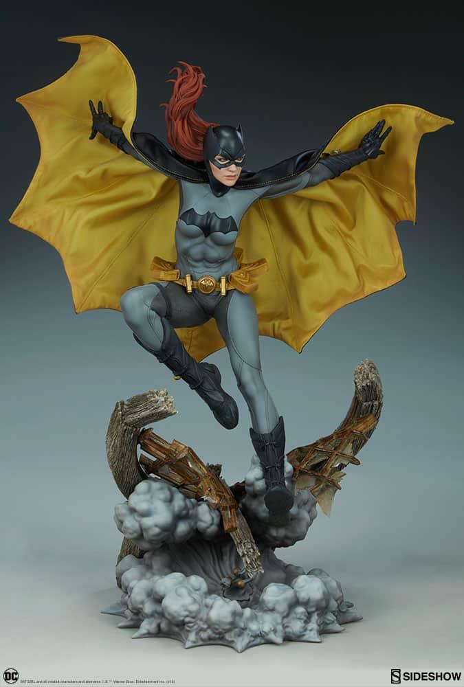 Sideshow Collectibles Batgirl Premium Format 3