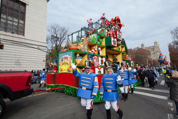 macys parade thankgiving liveblog