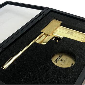The Golden Gun Prop Makes You Feel Like a James Bond Villain