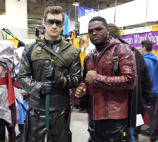 Green and Red Arrow cosplay