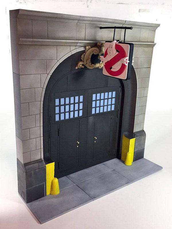Real Ghostbusters Diamond Select Firehouse Diorama 2