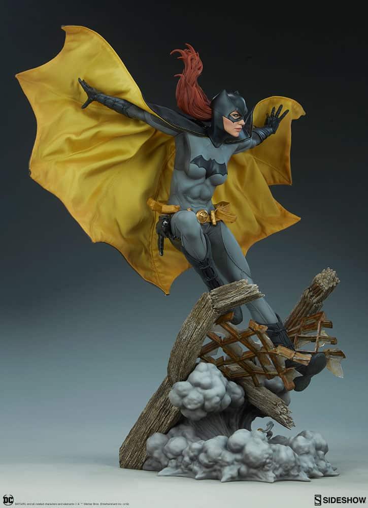 Sideshow Collectibles Batgirl Premium Format 2