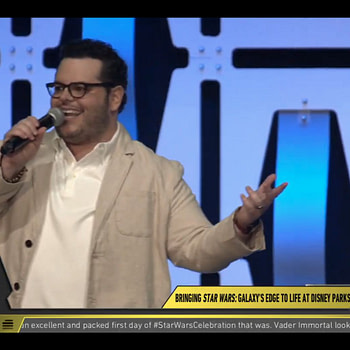 Josh Gad Hosts Star Wars Galaxy's Edge Panel at Star Wars Celebration [SWCC]