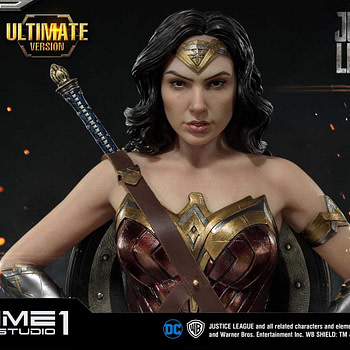 wonder woman statue and more geeky news