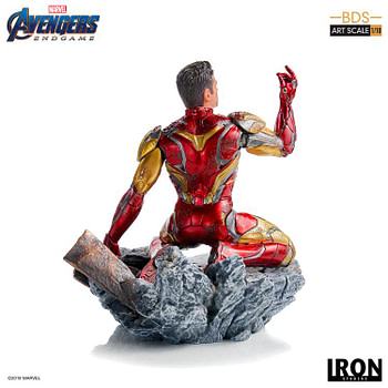 "Iron Studios reveals ""I am Iron Man"" statue that We Love 3000!"