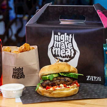 """Zippy's Giant Burgers Getting Theros Tie-In - """"Magic: The Gathering"""""""