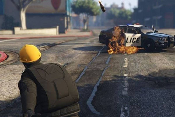 """""""Grand Theft Auto V"""" Is Being Taken Over By Hong Kong Protesters"""