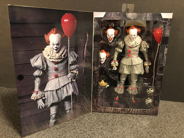 NECA Pennywise (2017) 4