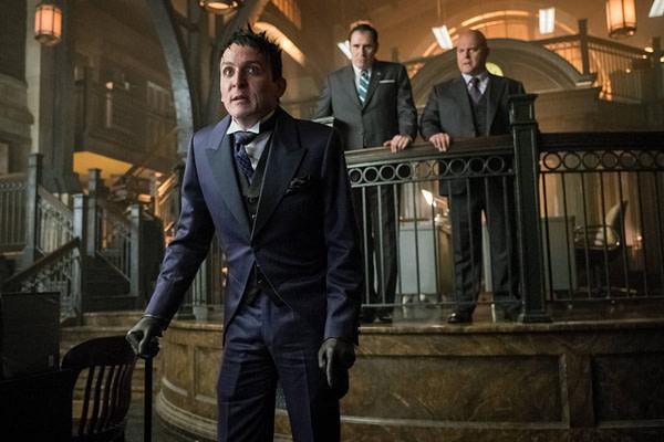 Gotham_Reign