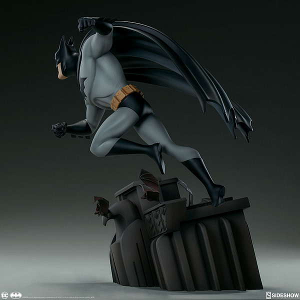Sideshow Collectibles Batman The Animated Series Batman Statue 2