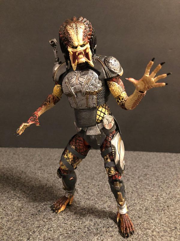 NECA Fugitive Predator 8