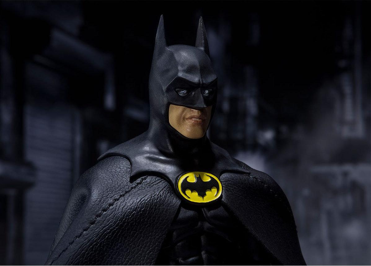 SH-Figuarts-1989-Batman-007