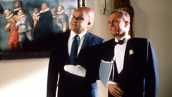 Alien Nation (1988) Directed by Graham Baker Shown from left: Mandy Patinkin, James Caan