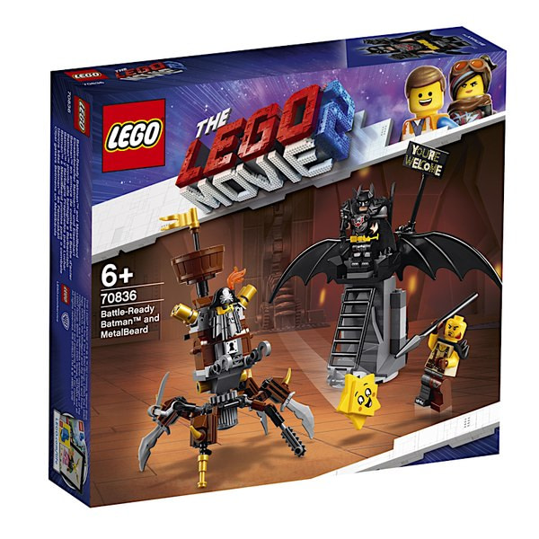 LEGO Movie 2 Battle Ready Batman and Metalbeard 1