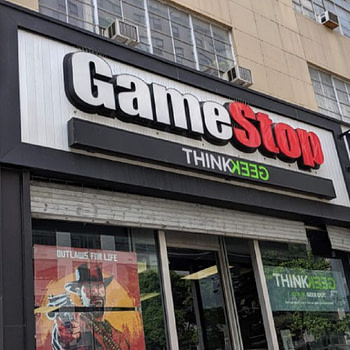 Gamestop Manhattan awning