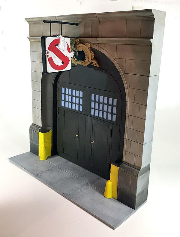 Real Ghostbusters Diamond Select Firehouse Diorama 1