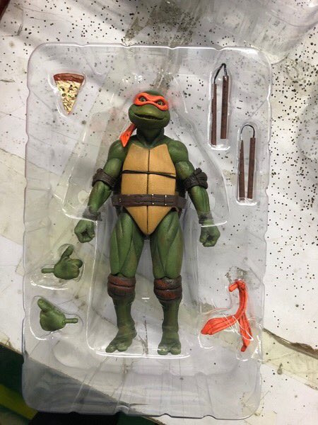NECA Gamestop Exclusive TMNT 1990 Michelangelo 2