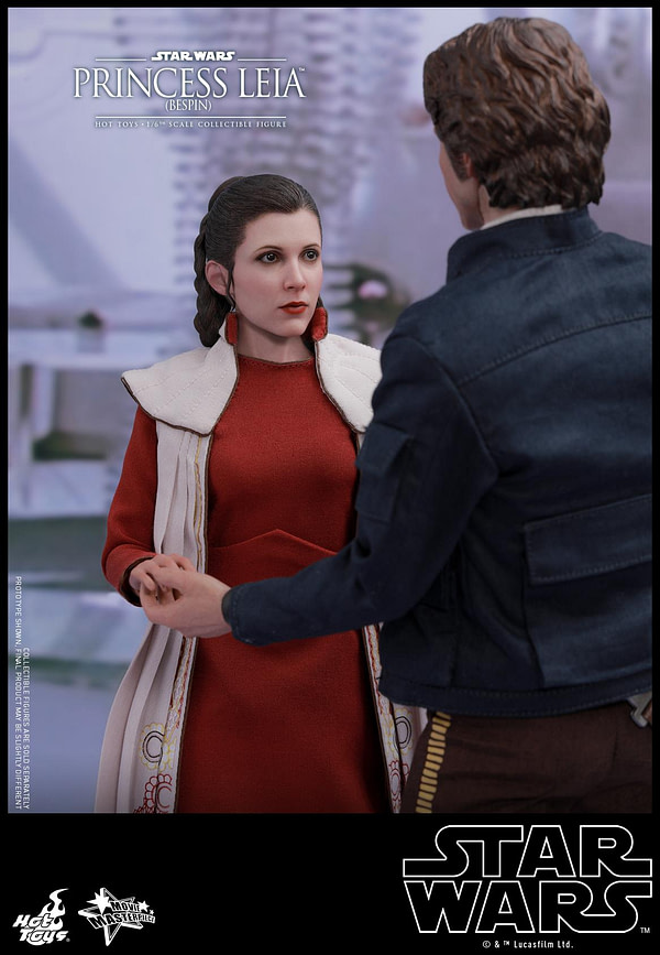 Hot Toys Bespin Gown Princess Leia 4