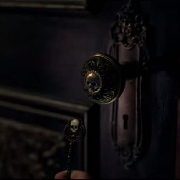 """""""Locke & Key"""": Secrets Are Meant to Be Unlocked - But By Who? [OFFICIAL TRAILER]"""