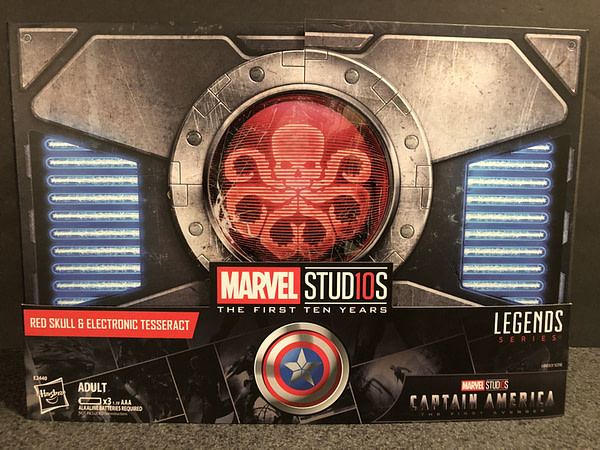 Marvel Legends SDCC Exclusive Red Skull and Tesseract 1