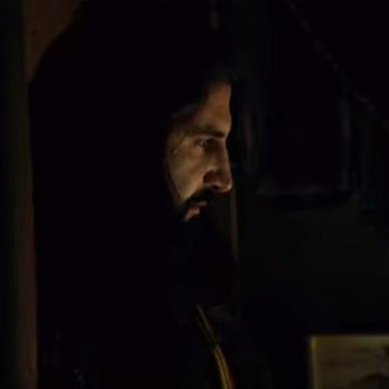 """'What We Do in the Shadows' S01, Ep10: Nandor Meets the Fam in """"Ancestry"""" (Spoiler Review)"""