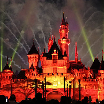 Disneyland Closes Due to Coronavirus