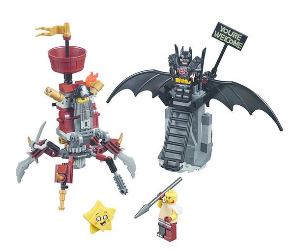 LEGO Movie 2 Battle Ready Batman and Metalbeard 2