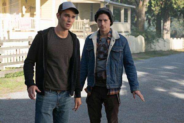 Riverdale Season 3 Episode 7 Man in Black Still 7
