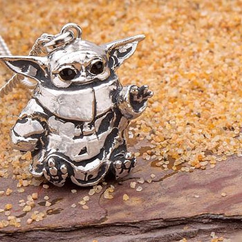 RockLove is now taking pre-orders for their Baby Yoda jewelry!