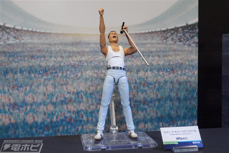 Freddie Mercury Makes His Way to the Stage Figurarts Figure