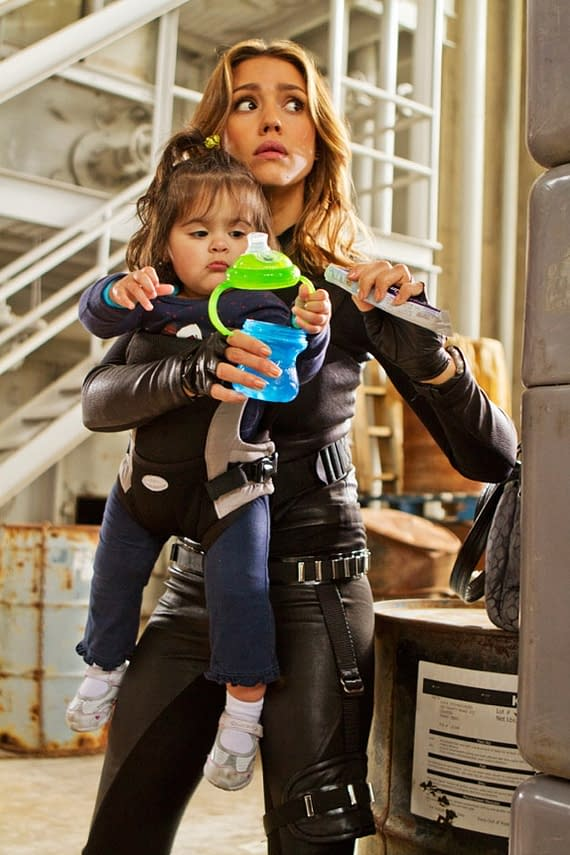First Look At Jessica Alba As A Spy Mom In Spy Kids 4