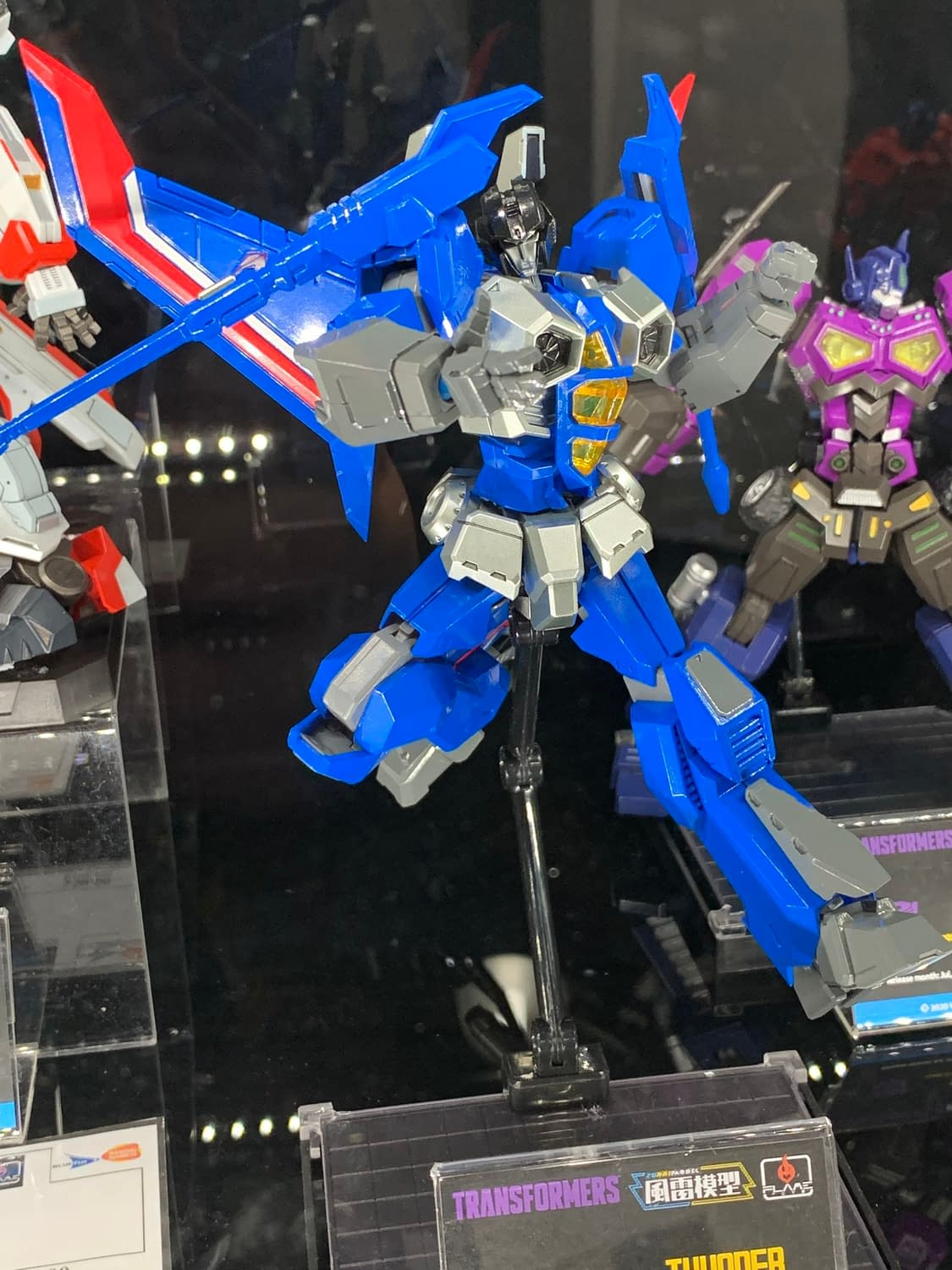New York Toy Fair: 26 Photos from Flame Toys Booth