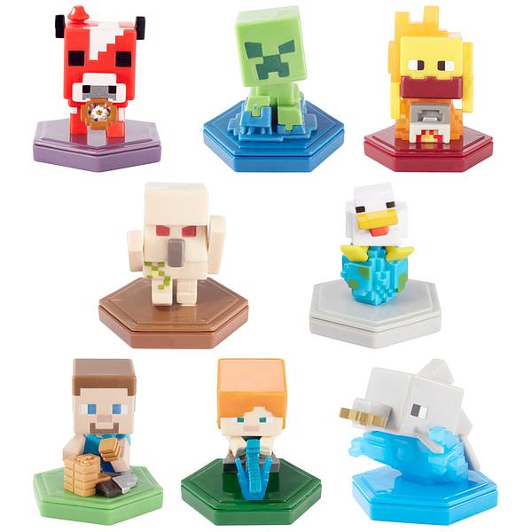 Une série de figurines Minecraft Earth pouvant être utilisées dans le jeu, gracieuseté de Mattel.