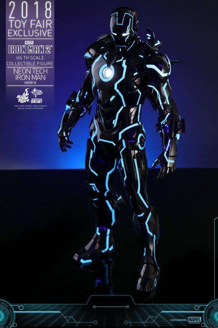 Hot Toys Neon Armor Tech Iron Man 12