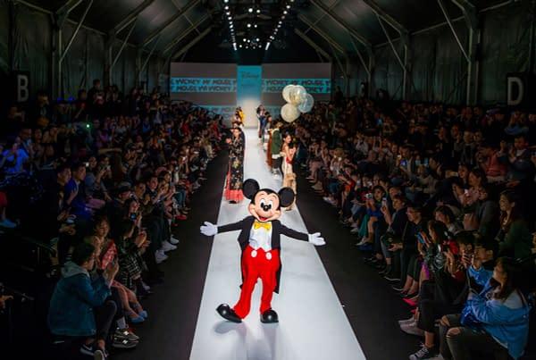 Shanghai Fashion Week mickey mouse