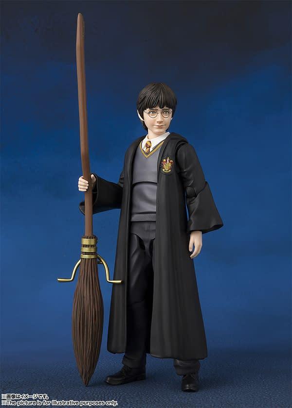 SH Figuarts Harry Potter Harry 3