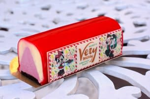 Nerd Food: All The Delicious Foods At Mickey's Very Merry Christmas Party
