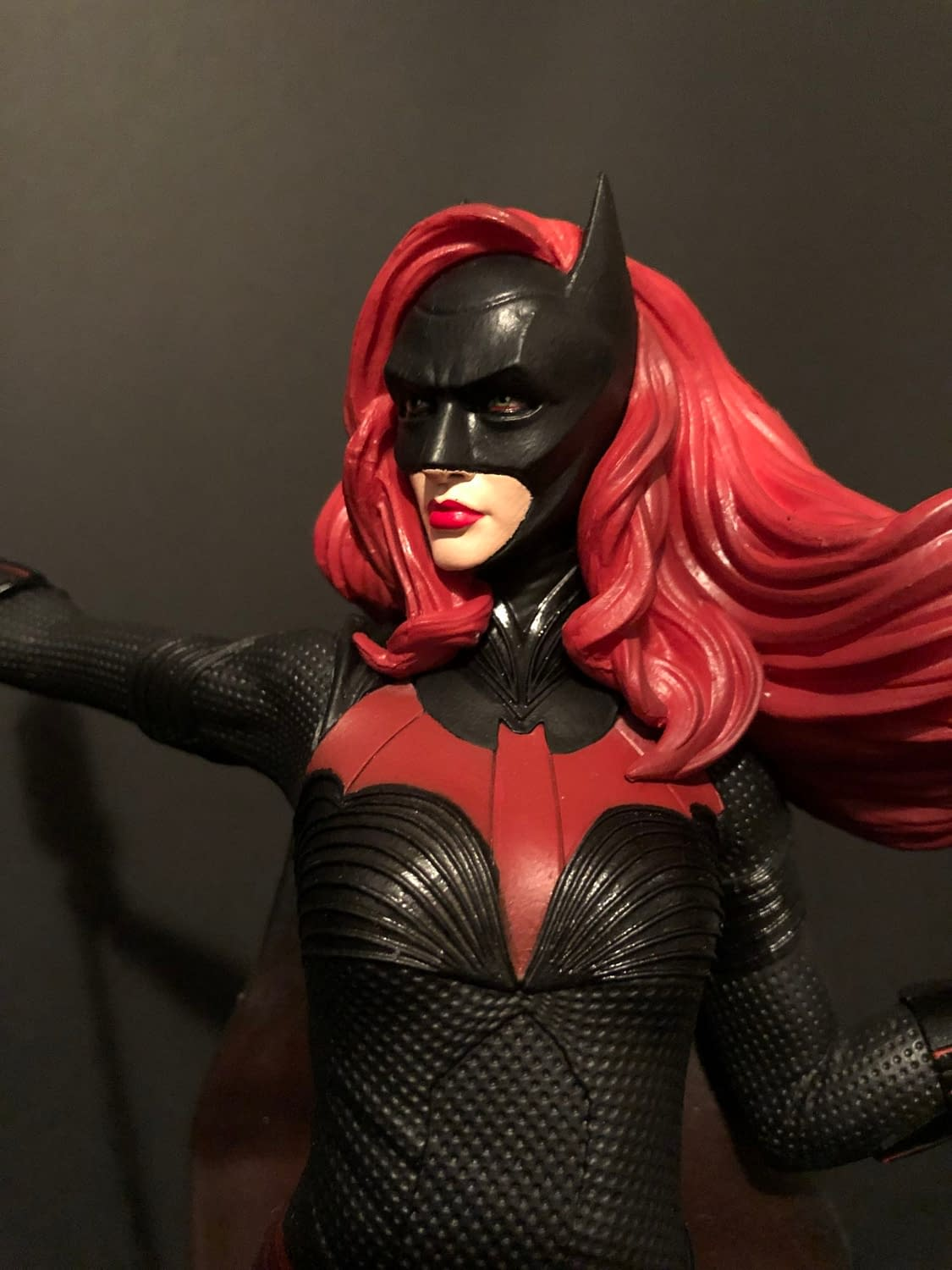 Batwoman is Here Just in Time for the Crisis [Review]
