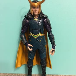 Thor Ragnarok Marvel Legends Loki 1