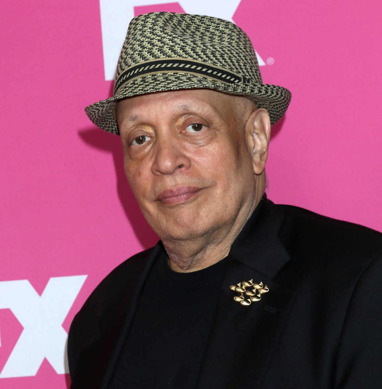"""""""Star Trek: Discovery"""" – Walter Mosley Quits Writers' Room Over Objections to His N-Word Use"""