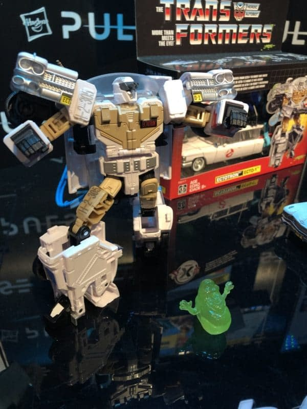 Toy Fair Transformers Ectotron Figure