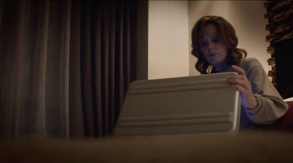 Jean Smart as Agent Blake in Watchmen, courtesy of HBO.
