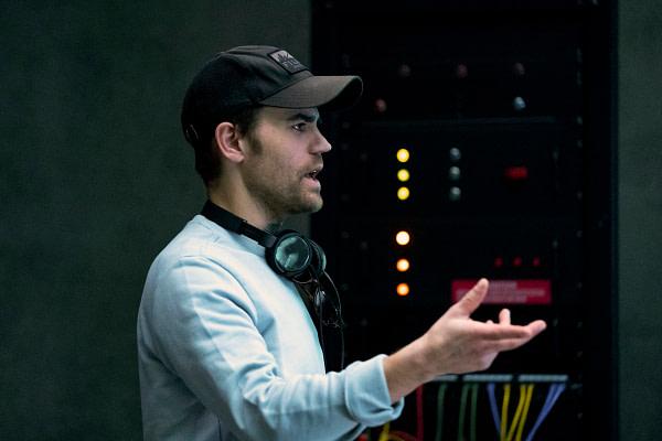 Paul Wesley réalise l'épisode de Batwoman de cette semaine, gracieuseté de The CW.
