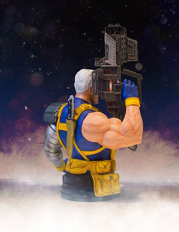 Gentle Giant Cable Bust 4