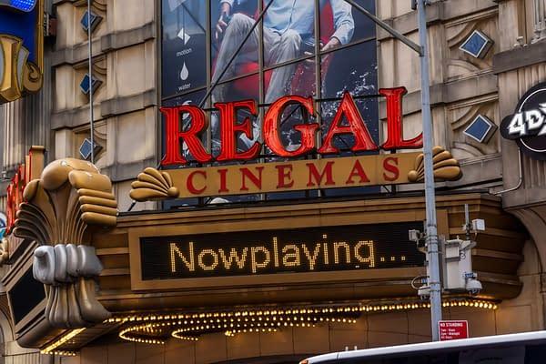 New York NY / USA-5 janvier 2020 Les cinémas Regal à Times Square à New York. Crédit éditorial: rblfmr / Shutterstock.com
